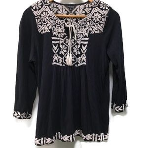 LUCKY BRAND navy & white embroidered top medium